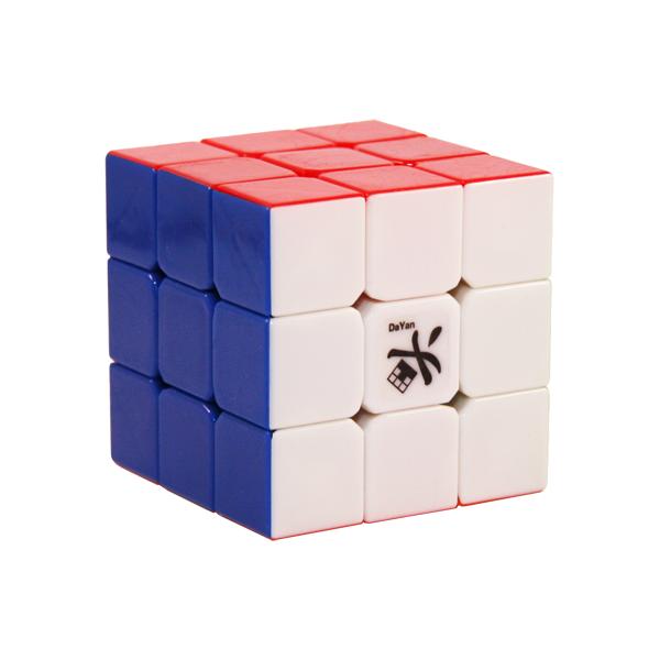 Kostka Rubika 3×3. Dobry prezent dla dziecka?